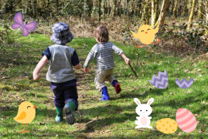 easter egg hunt with parents and kids