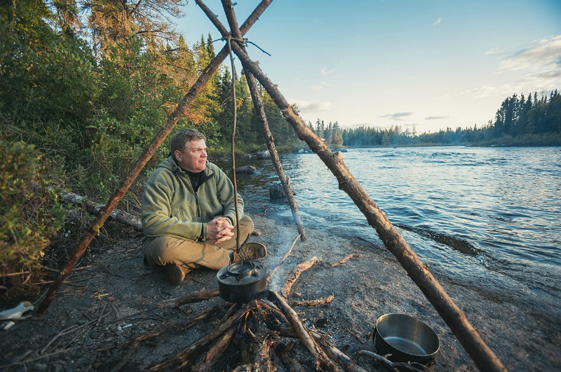 ray mears championing outdoor learning