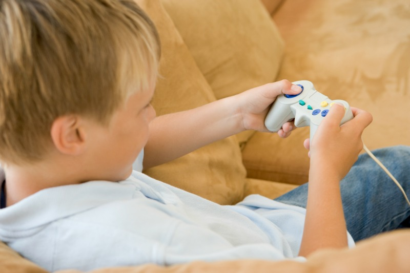 children are at risk from too much screen time
