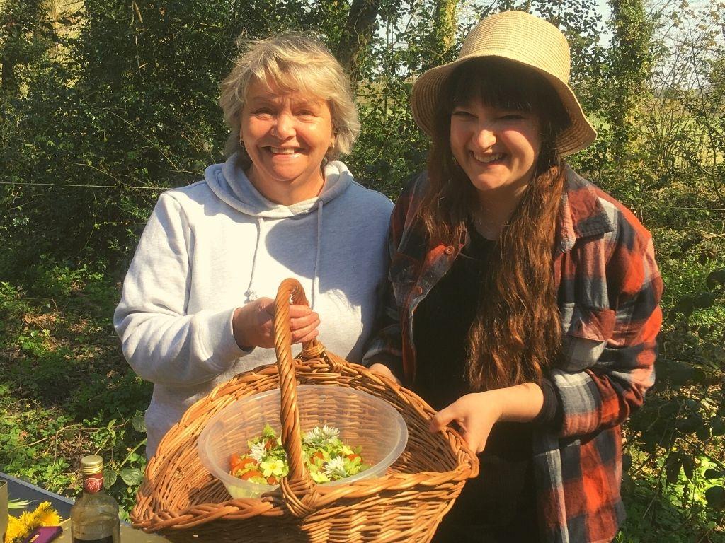 summer foraging and wild food walk